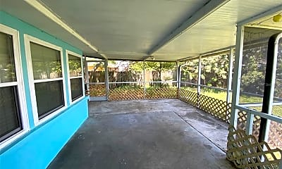 Patio / Deck, 6268 Freemont St, 2