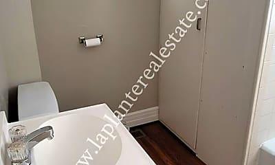 Bathroom, 231 E Central Ave, 2