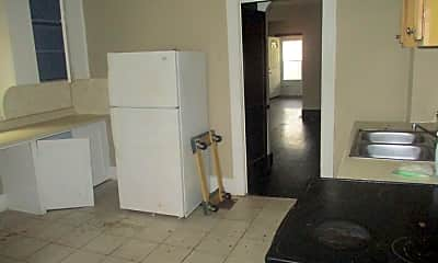 Kitchen, 2002 Elsmere Ave, 2