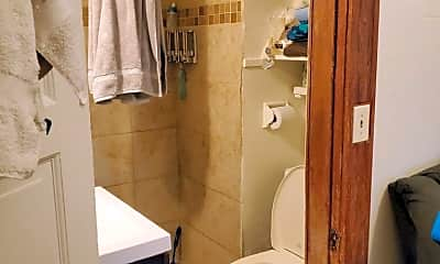 Bathroom, 836 N 6th Ave, 2
