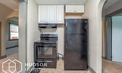 Kitchen, 871 Park Ave, 2