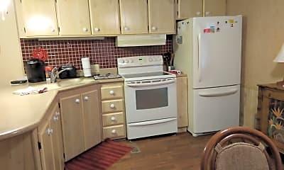 Kitchen, 729 Royal Palm Ave, 1
