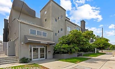 Building, 20954 Vanowen St, 1