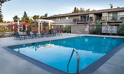 Pool, Magnolia Square, 0