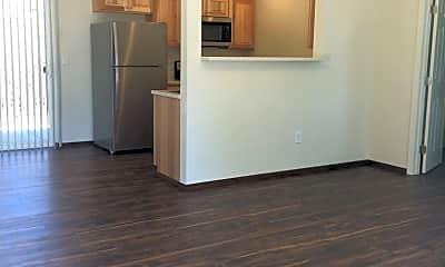 Living Room, 5455 Sawmill Rd, 1