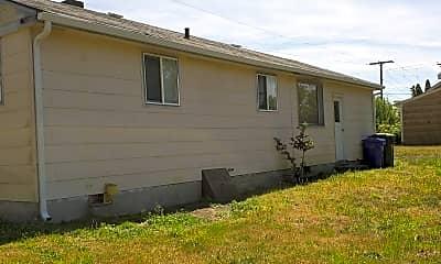 Building, 1021 SE Ely St, 1