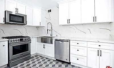 Kitchen, 9761 Via Pavia, 0