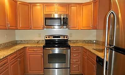 Kitchen, 545 E Braddock Rd 505, 1