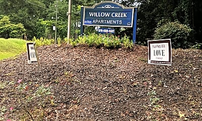 Willow Creek Apartments, 1