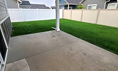 Patio / Deck, 7766 N Coneflower St, 2