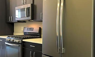 Kitchen, 910 N Buchanan St, 1