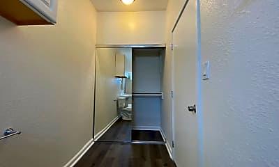 Bathroom, 1216 W Court St, 2
