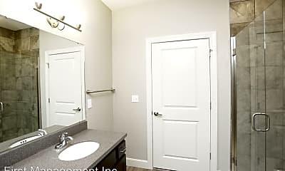 Bathroom, 800 New Hampshire, 2