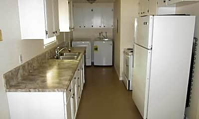 Kitchen, 1015 Morrison Ave, 2