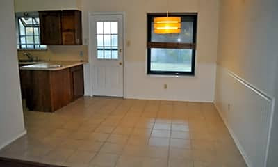 Living Room, 706 Paintbrush Dr, 2