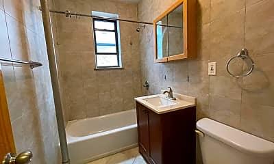 Bathroom, 29-06 21st Ave 3E, 2