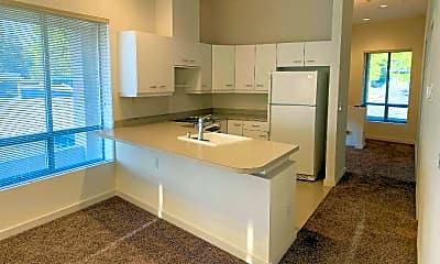 Kitchen, 17916 Talbot Rd S, 0