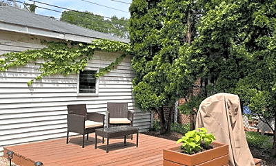 Patio / Deck, 3358 S Giles Ave, 1
