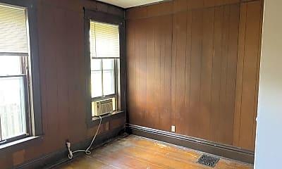 Bedroom, 307 W Elm St, 2