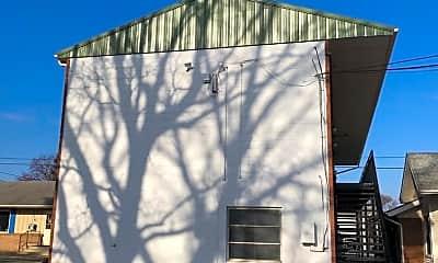 Building, 226 N Broad St, 2