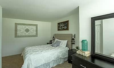 Bedroom, Luna Pointe Apartments, 2