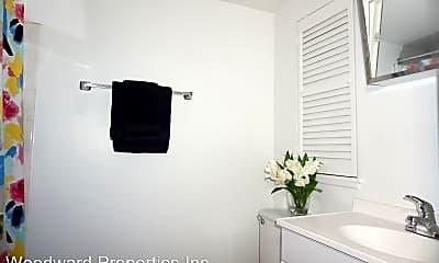 Bathroom, 330 W 3rd St, 2