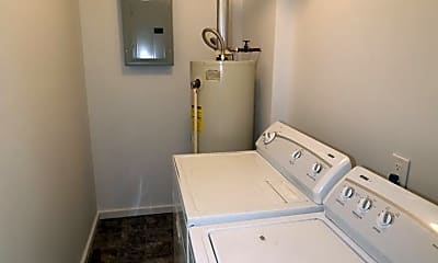 Bathroom, 1004 W 12th St, 2