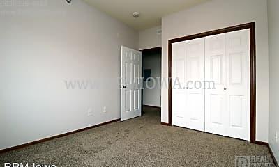 Bedroom, 1825 SW White Birch Cir, 2