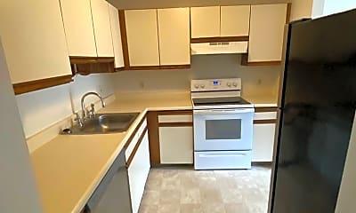 Kitchen, 25 Indian Brook Cir, 1