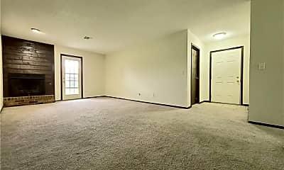 Living Room, 237 Barrett Pl, 1