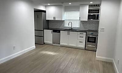Kitchen, 249 Orange Pl, 2
