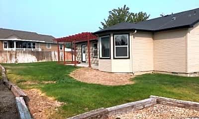 Building, 443 W Wycliff, 2