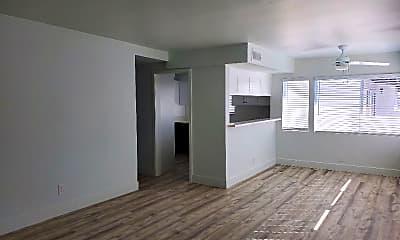 Living Room, 1701 Bedford Ln, 1