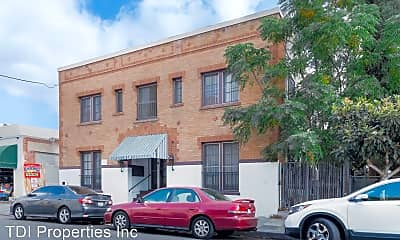 Building, 1316 S Mariposa Ave, 1