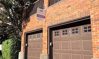 Building, 220 Belmont Ave E, 2