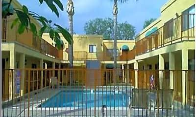 Duchess Terrace Apartments, 1
