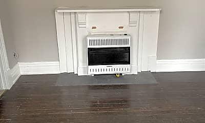 Living Room, 4185 Hamilton Ave, 1