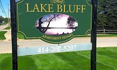 Lake Bluff Apartments, 1