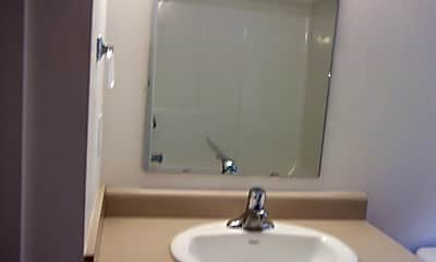 Bathroom, 315 E Maryland Ln, 2