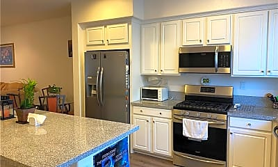Kitchen, 422 W Rte 66 103, 1