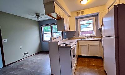 Kitchen, 4703 5th St NE, 1