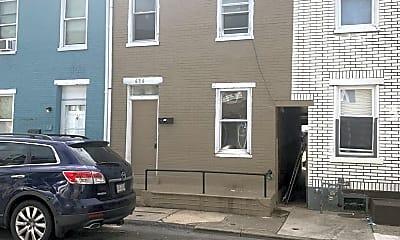 Building, 636 N Lumber St, 0