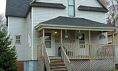 Building, 138 Eastern Ave NE, 0
