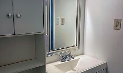 Bathroom, 36 Chelsea Cir, 2