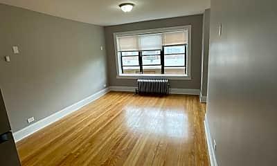 Living Room, 8209 S Ellis Ave, 1
