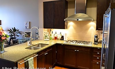 Kitchen, 5545 Landmark Pl, 1