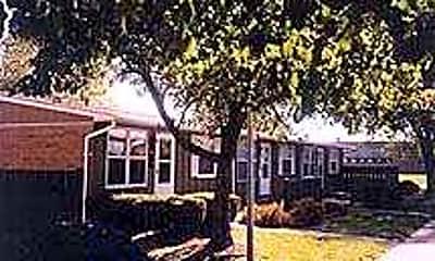 Griggs Village, 0