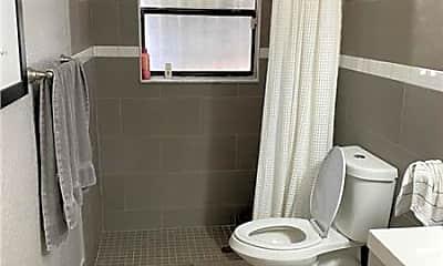 Bathroom, 3532 N Dixie Hwy, 1