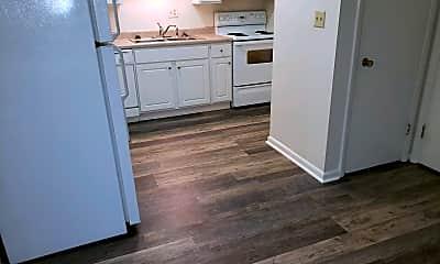 Kitchen, 302 Broce Dr, 2