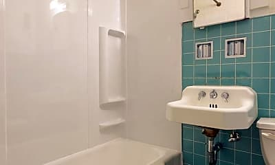 Bathroom, 826 Chicopee St, 2